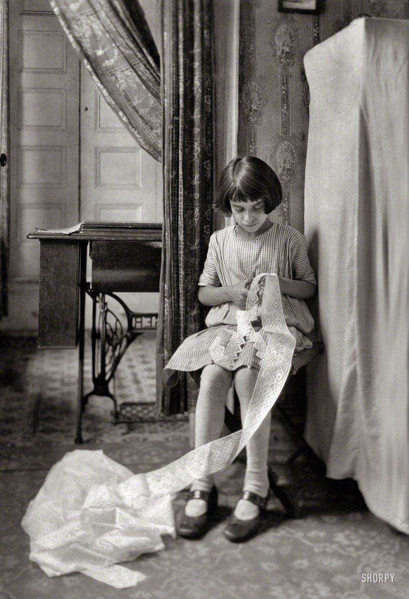 Tiny Seamstress: 1924