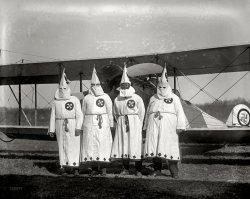 Klan Air: 1922