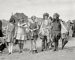 Style Show: 1922