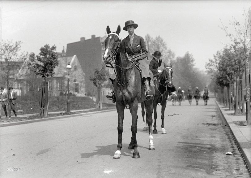 Urban Equestrian: 1917