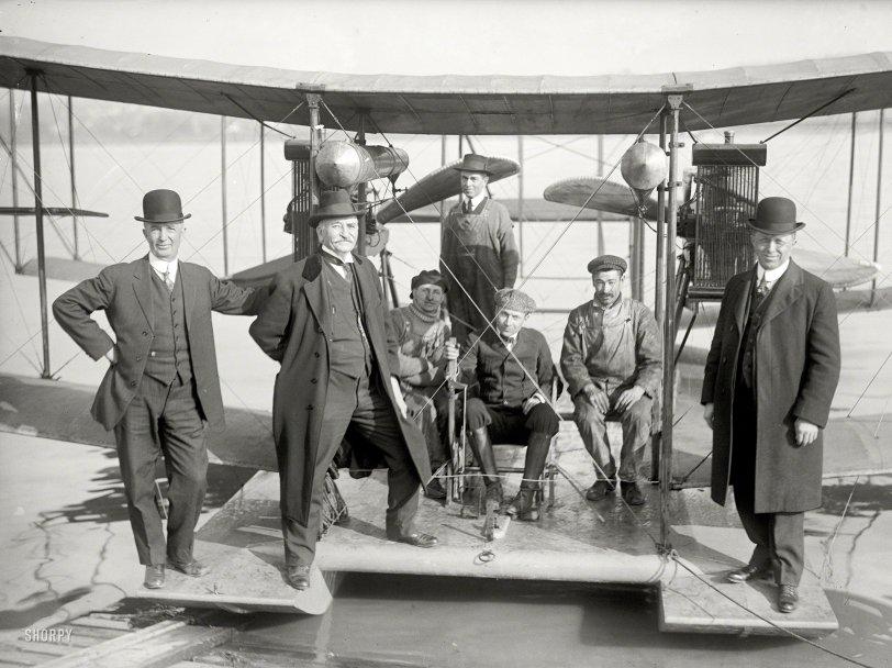 Family Plane: 1916