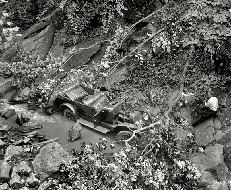Auto Wreck: 1923