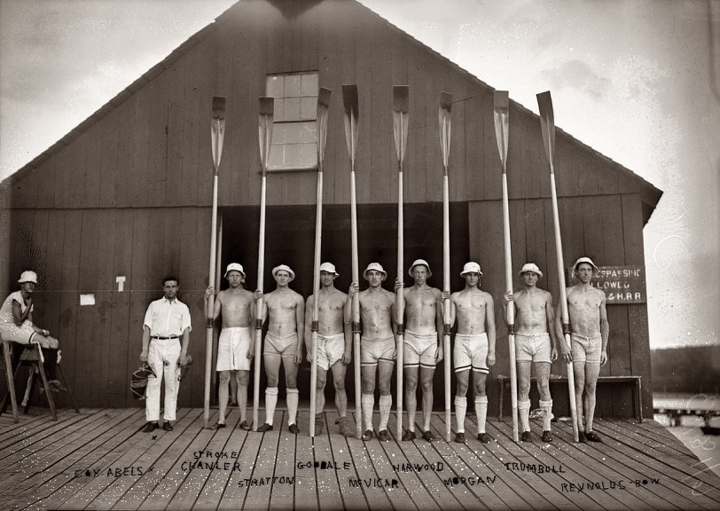 Harvard Varsity Eight: 1913