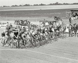 Speedway Racers: 1925
