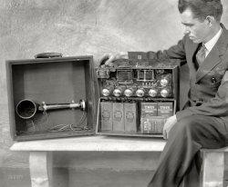 Suitcase Wireless: 1924
