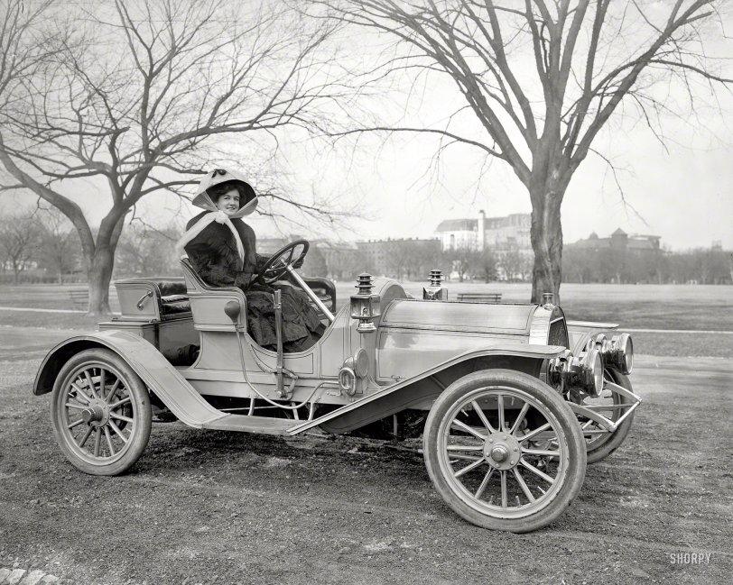 Fast Woman: 1908