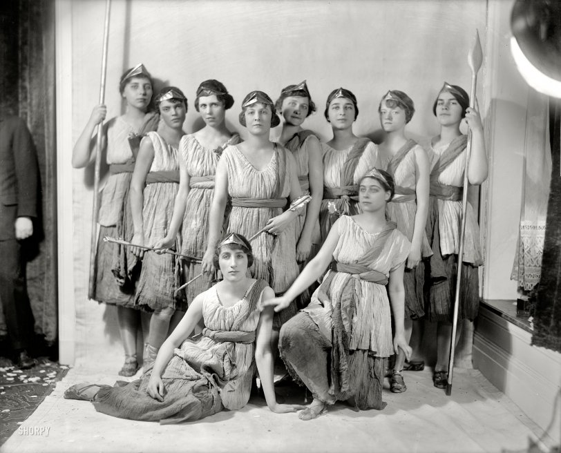 A Gaggle of Goddesses: 1923
