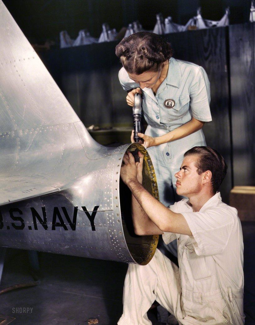 Texas Tail: 1942