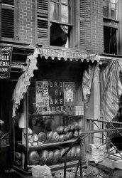 Fancy Cakes: 1910