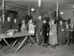 Xmas Bags: 1924