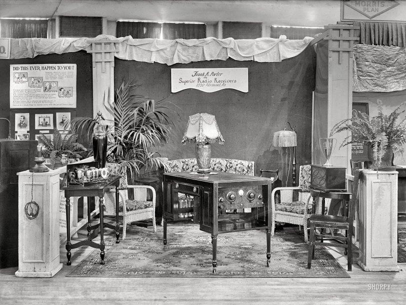 Desk Radio: 1926