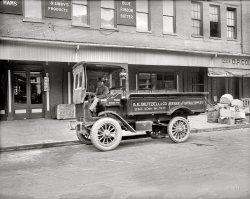 Fountain Supplies: 1920