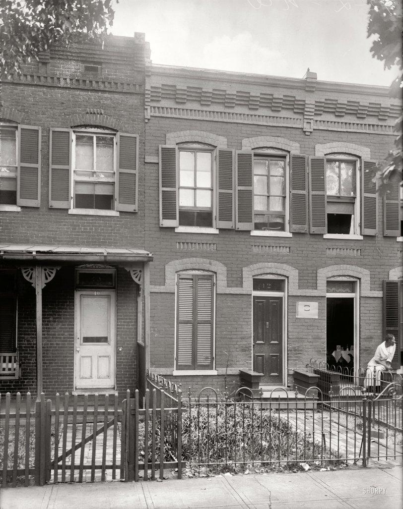 42 L Street: 1922
