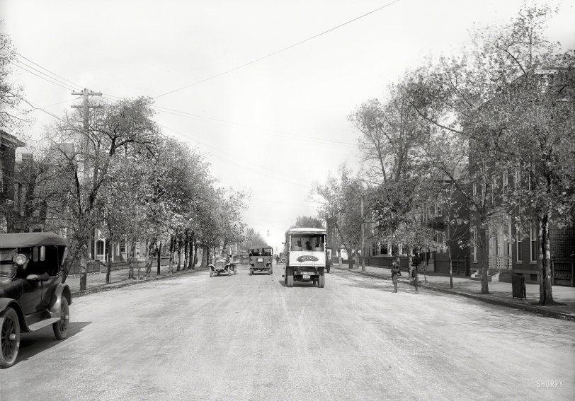 Truck Traffic: 1920