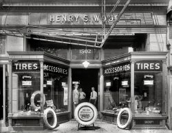 Wood Tires: 1921