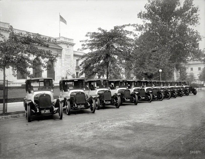 Black & White: 1922