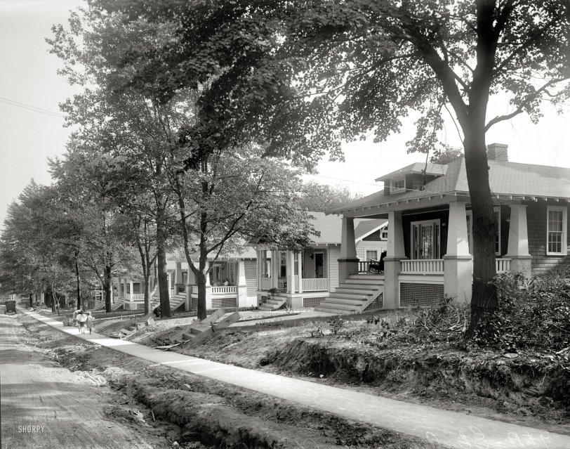 Elm Avenue: 1921