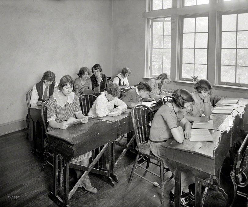Les Jeunes Étudiants: 1924