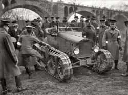 Tractor Pull: 1921