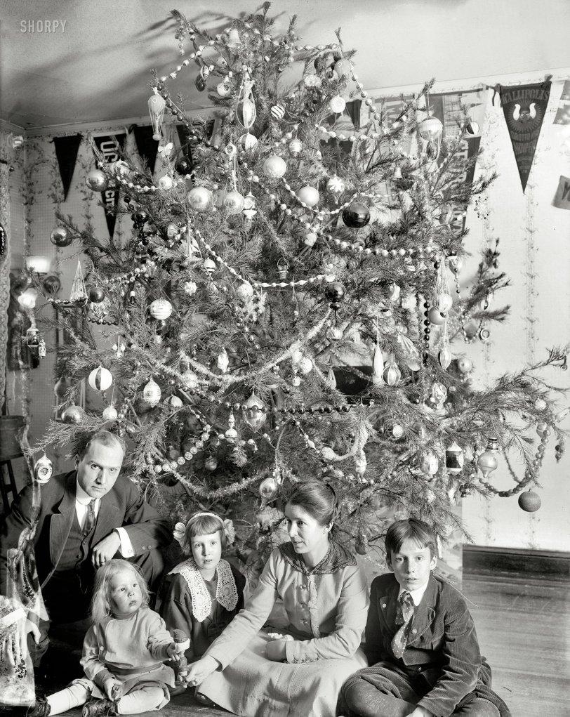 Merry Dickey Christmas: 1912