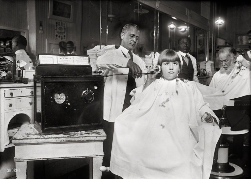 Radio Barber: 1922