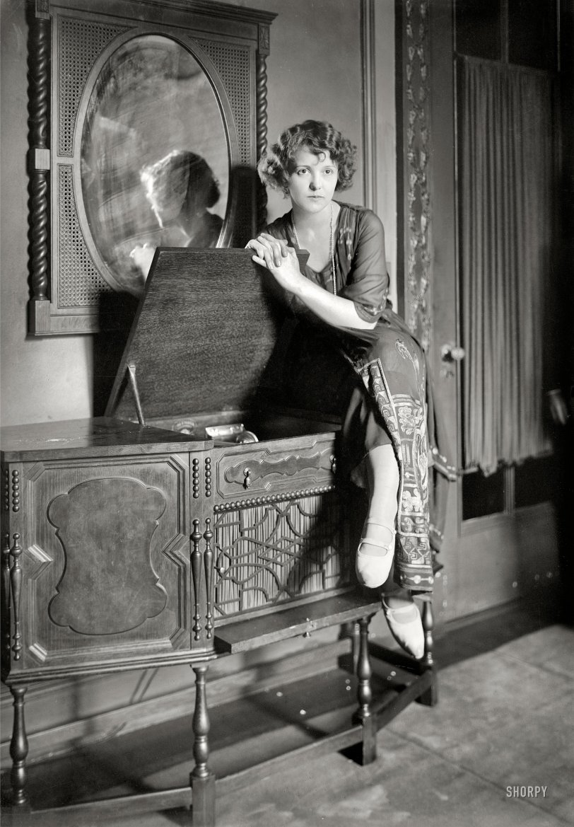 Play Me 1921 Shorpy Old Photos Poster Art