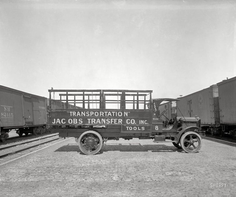 Monster Truck: 1917