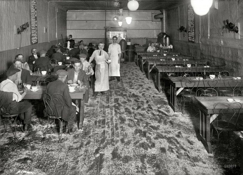 Lanier Hotel: 1921