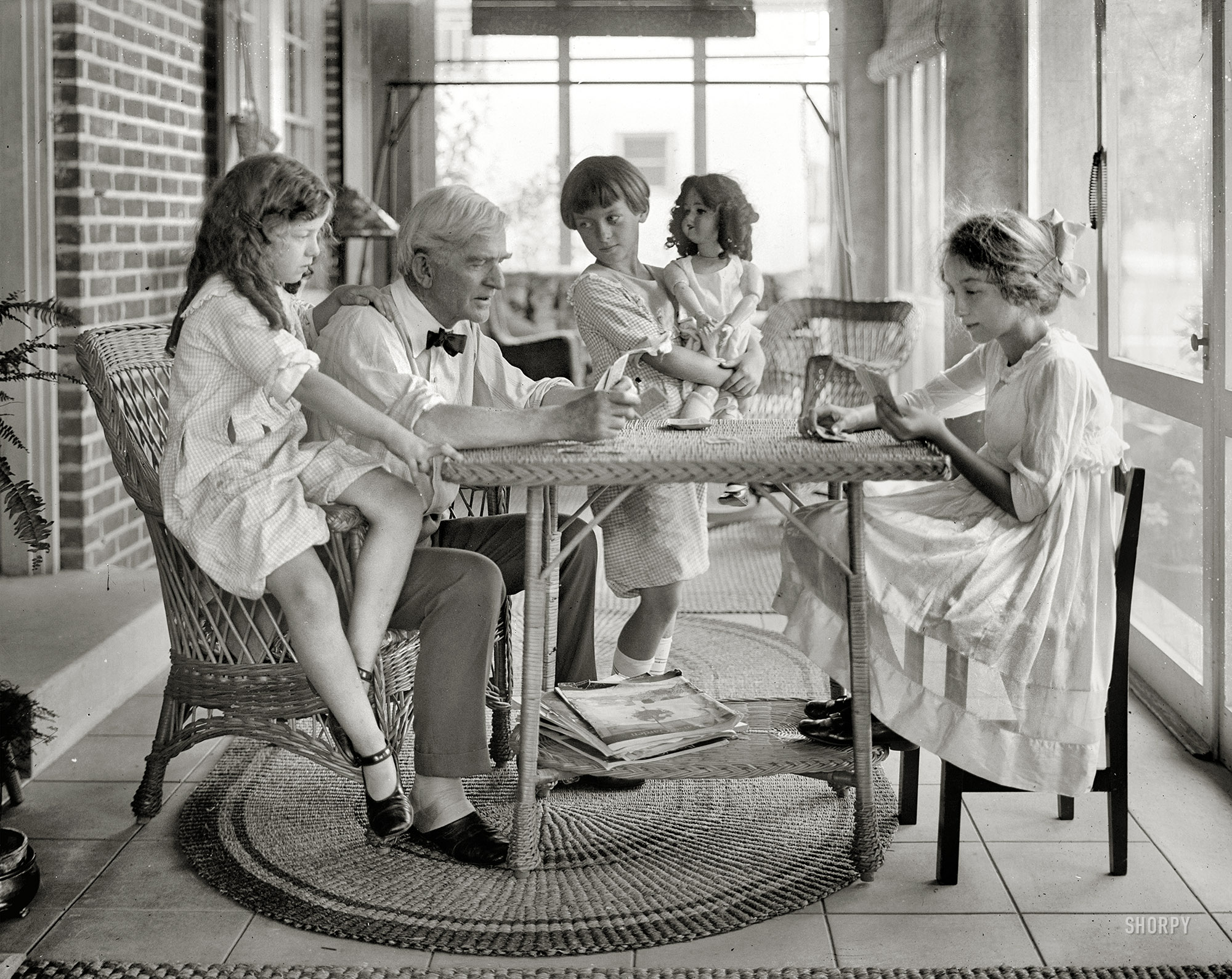 Shorpy Historic Picture Archive :: Meet the Bacons: 1921 high-resolution  photo