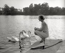 Miss Swan: 1927