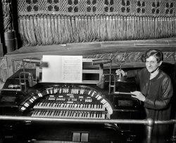 Keith's Organ: 1928