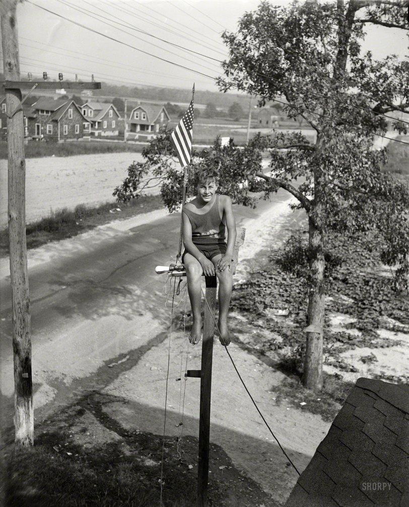 Patriotic Pole Sitter: 1929