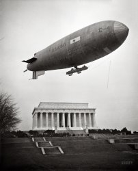 Lincoln Blimp: 1930