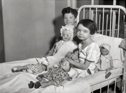 Doll Bed: 1931