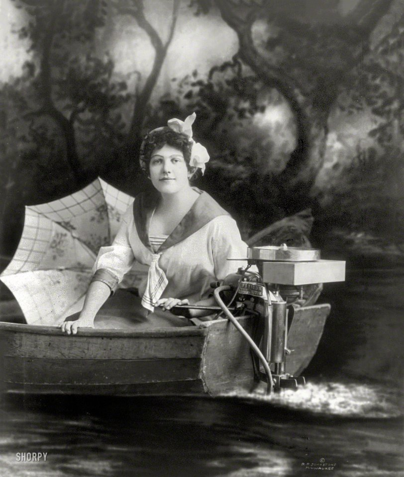 Evinrude Girl: 1913