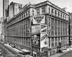 Macy's: 1931