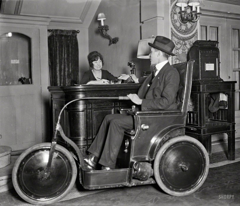 Chair Car: 1922