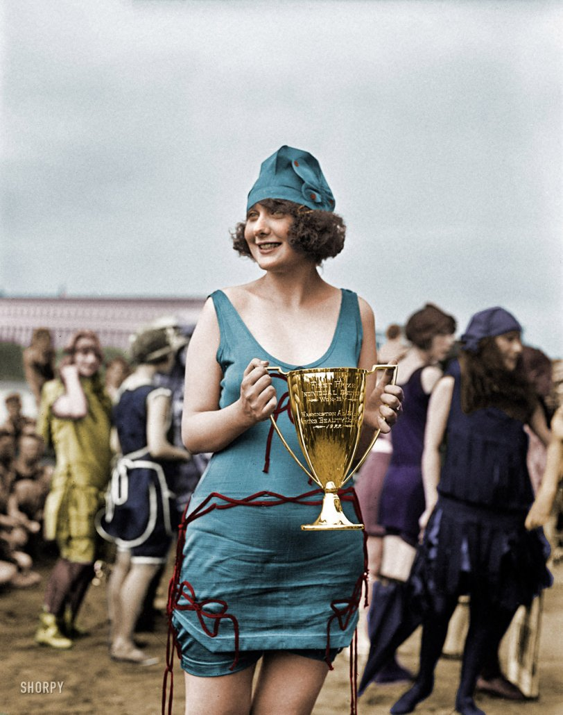 Best Swimsuit (Colorized): 1922