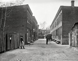 Ice Shack Alley: 1923