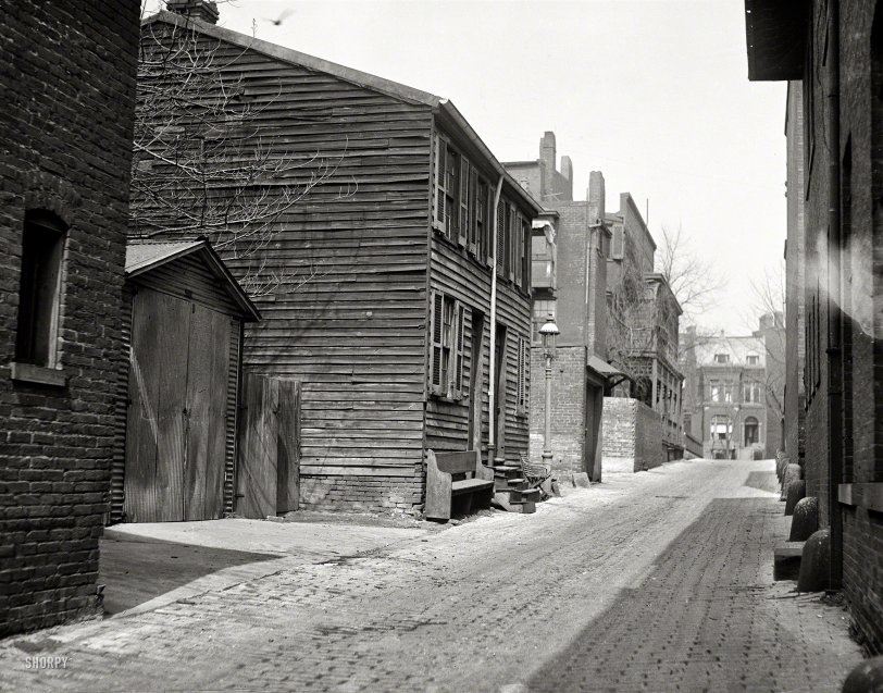 The Lonely Alley: 1923