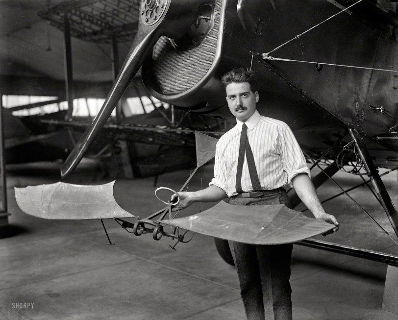 Bat-Plane: 1923
