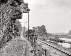 Hanging Rock: 1901