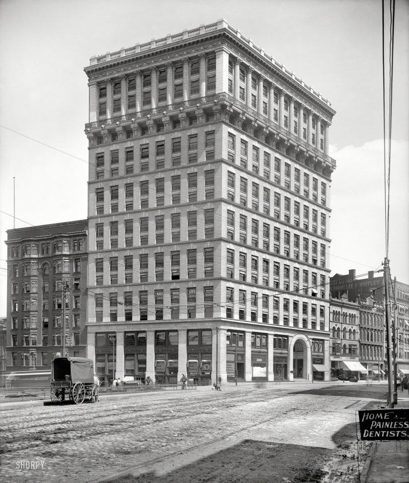 Open Wide: 1900