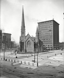 Bustling Buffalo: 1900