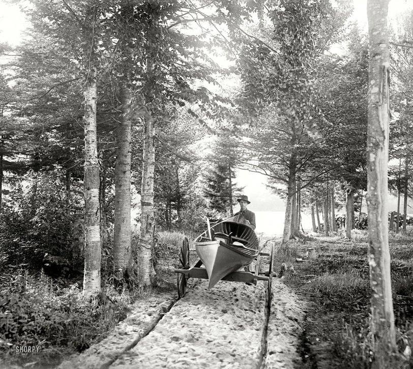 Canoemobile: 1902