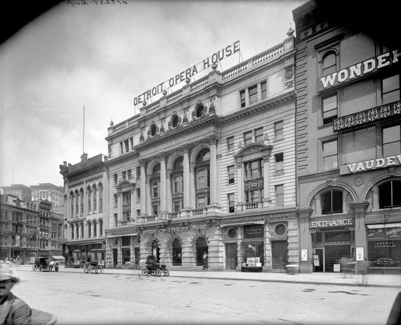 Detroit Opera House: 1904