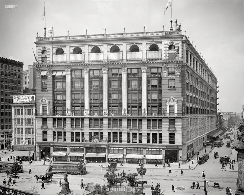 Macy's: 1905