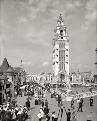 In Dreamland: 1905