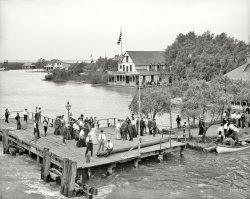 Hotel Gus: 1905