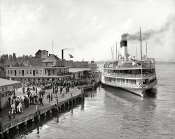 Tashmoo at Port: 1906